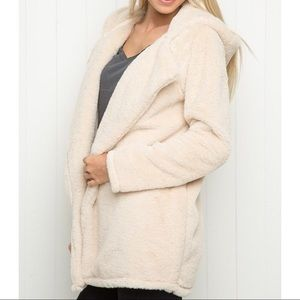 Brandy Melville furry coat